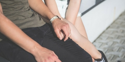 Hand Holding 400 X200